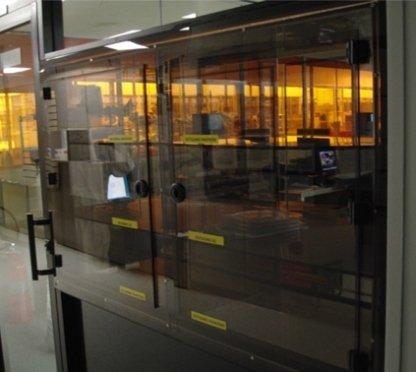 ENVIROPASS acrylic pass-through-window example